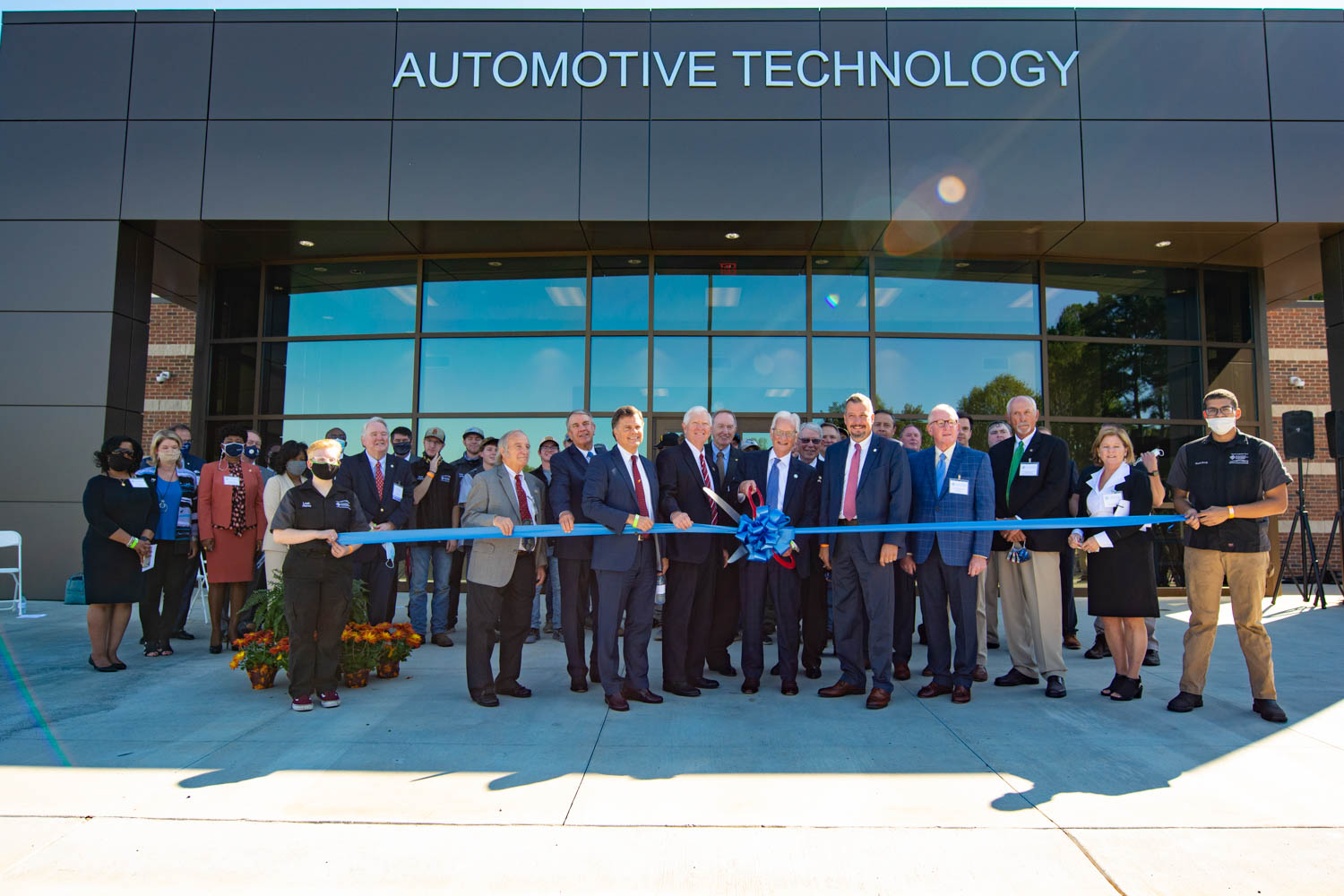 Auto Tech ribbon cutting